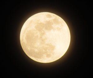 スーパームーン。それは願い事を叶えてくれる月